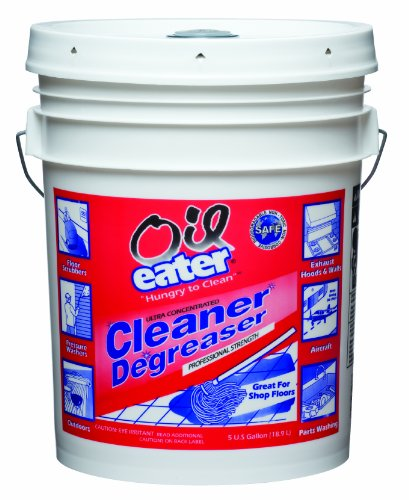cleaning oil spills in your garage or driveway | garage tool advisor