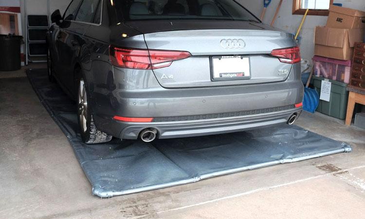 garage containment mats