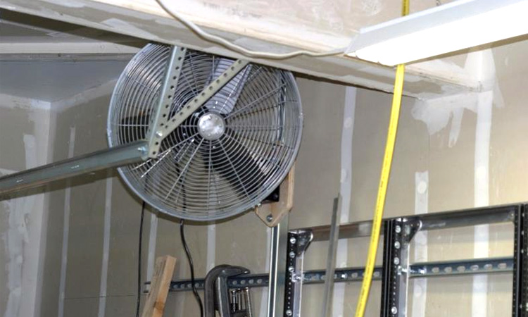 how to cool garage in summer