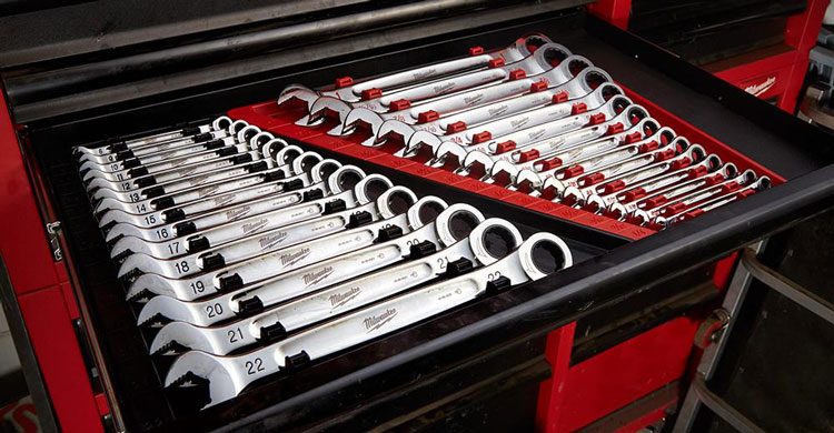 Milwaukee ratchet wrenches