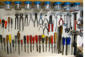 12 Steps To An Organized Garage