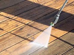 pressure-wash-deck