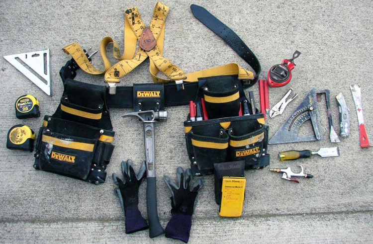 How To Organize And Wear Your Tool Belt Like A Pro