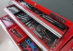 how to organize tool chest
